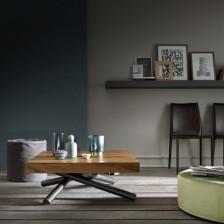 Tavolino basso trasformabile, piano legno massiccio Rovere Vecchio Termotrattato W21; struttura Grafite Goffrato M11